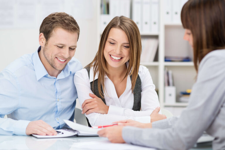 How to Make a Competitive Offer on a Home
